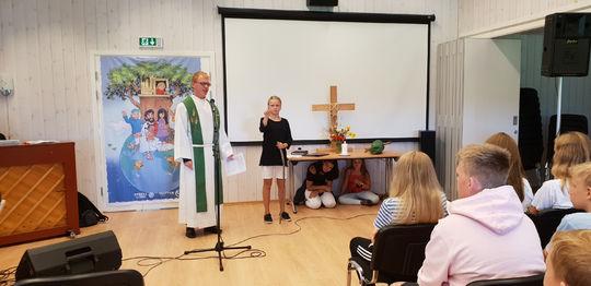 Oppstartsfest for Holla og Helgen menighet