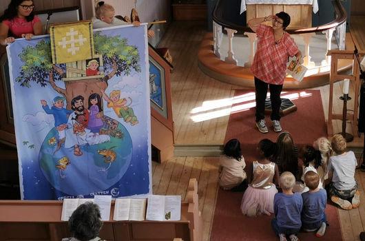 Familiegudstjeneste i Helgen kirke